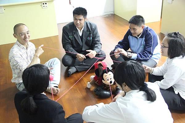 自己設計體驗活動與帶領,更有機會和青少年建立緊密的關係.JPG