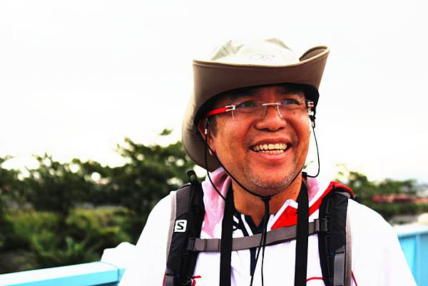 友邦人壽台灣分公司總經理_陳嘉虎_預計用30天的私人假期,每天走超過30公里,要用關懷社會的心,走過每一個台灣最美麗的風景與縣市