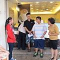 學員職場參訪艾得咖啡飲料店進行銷飲料販售工作