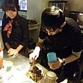 小祐耐心學習製作美味可口的蜜糖吐司.jpg