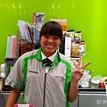 小璇甜美的笑容讓顧客感到親切