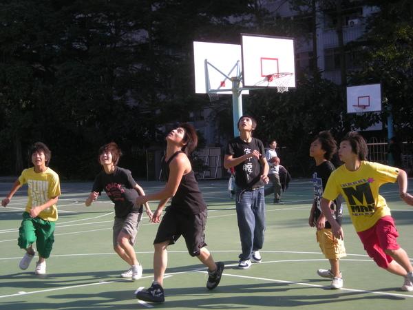 學校社工組-籃球比賽.JPG