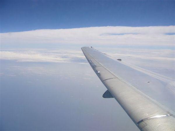 湛藍的天空,完全看不出颱風的跡象!