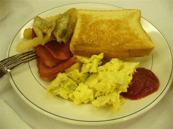 第二天在飯店的早餐