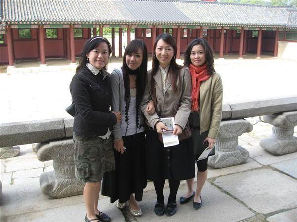 景福宮內合照