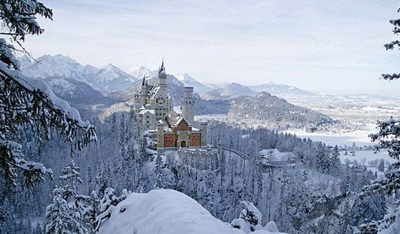 start_neuschwanstein_allgaeu_bayern_urlaub_winter