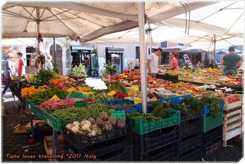 ROMA 羅馬 Piazza Campo dei Fiori 鮮花市集 鮮花廣場 06.JPG