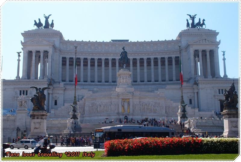 ROMA 羅馬 Piazza Venezia 威尼斯廣場 09.JPG