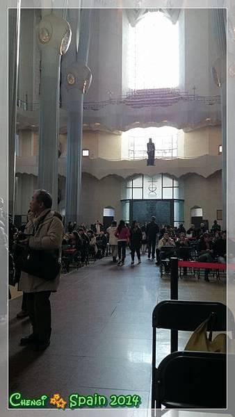 TEMPLO DE LA SAGRADA FAMILIA 093.JPG
