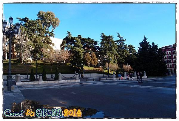 Palacio Real de Madrid馬德利皇宮.JPG