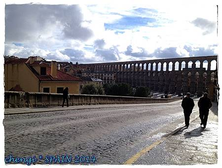 Acueducto de Segovia水道橋 (2).jpg