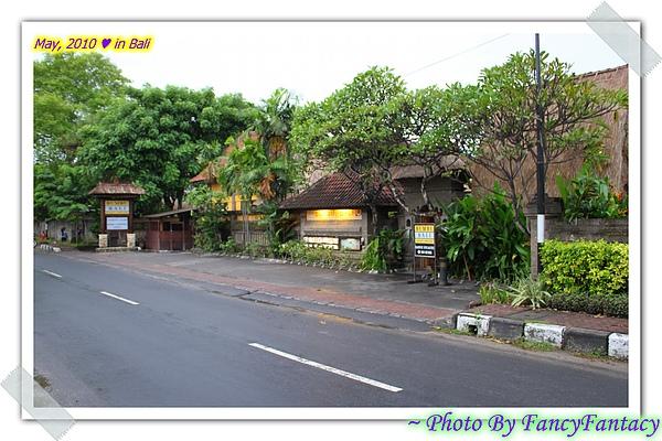 BALI-2010-0503-180316.jpg