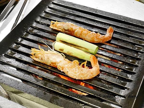 【東區韓式燒烤】燒桶子 韓風立燒 汽油桶韓式烤肉 貼心桌邊服務 (31).JPG