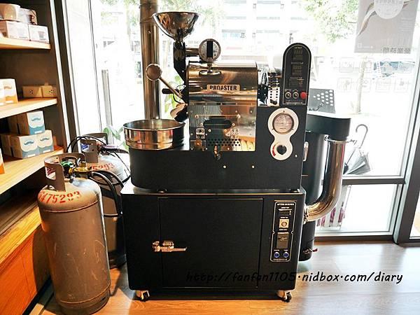 【汐止早午餐咖啡】馬克老爹咖啡烘焙門市 高CP值的咖啡王國 咖啡控可別錯過 (9).JPG