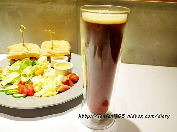 【汐止早午餐咖啡】馬克老爹咖啡烘焙門市 高CP值的咖啡王國 咖啡控可別錯過 (21).JPG