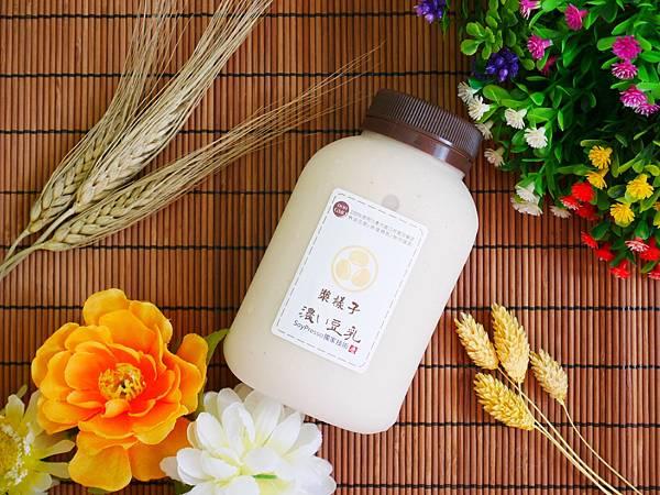 【宅配無糖豆漿】漿樣子濃豆乳 非基因改造 有濃濃豆香的豆乳 (4).JPG