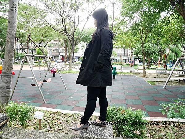 【秋冬鞋款推薦】 Winean 薇妮安 日式女鞋 氣質輕便外出低跟鞋(岩灰色) (8).JPG