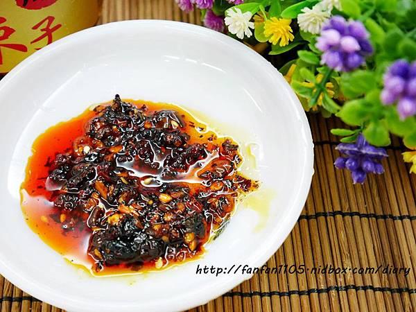 十味觀 清燉牛肉筋麵 川味紅油辣子  (5).JPG
