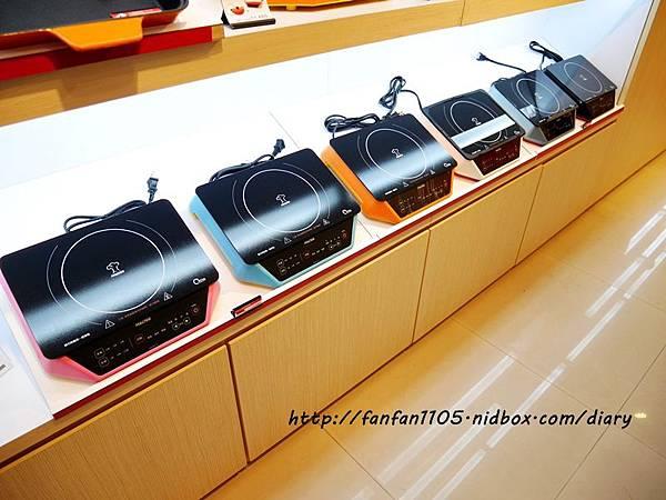 摩堤BBQ神器 MULTEE歡樂無煙燒烤組、F10 IH電磁爐、鑄鐵烤盤、抽油煙機  (12).JPG