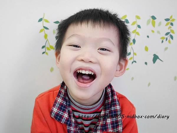 小兒利撒爾 雙效晶明葉黃素 專為兒童設計的營養補充品 (9).JPG