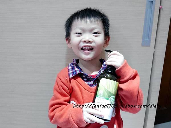 魚樂蠶絲蛋白天然洗髮沐浴乳 洗的健康放心 無毒新體驗! (9).JPG