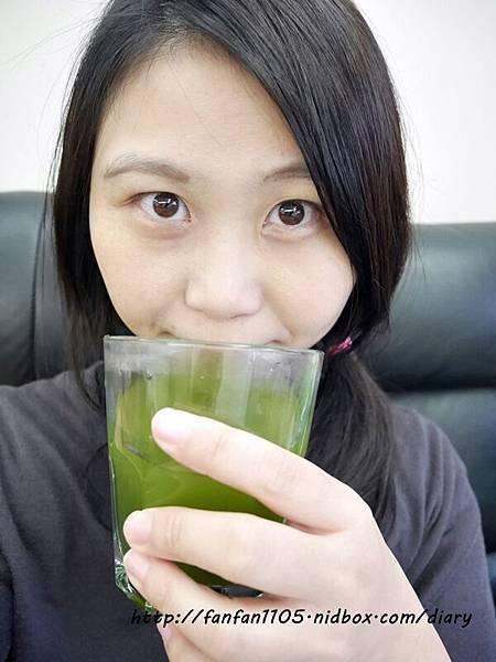 日本熱銷 FABIUS 素果青汁 一包做好體內環保 蛋奶素也能喝的青汁! (8).JPG