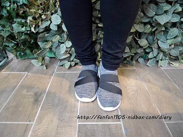 Elegent Walk EW女鞋 氣質蝴蝶結娃娃鞋 Walk健走系列無印風簡約輕量運動鞋 輕量又舒適 (13).JPG