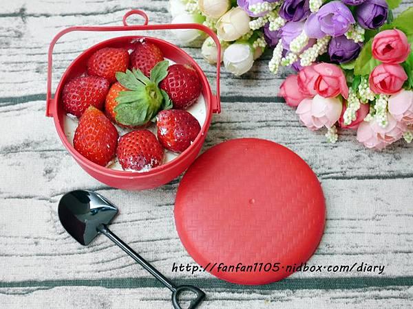 木匠手作 菜瓜布蛋糕 荷包蛋布丁 草莓喜籃-提拉米蘇蛋糕 創意又美味的造型甜點 (17).JPG