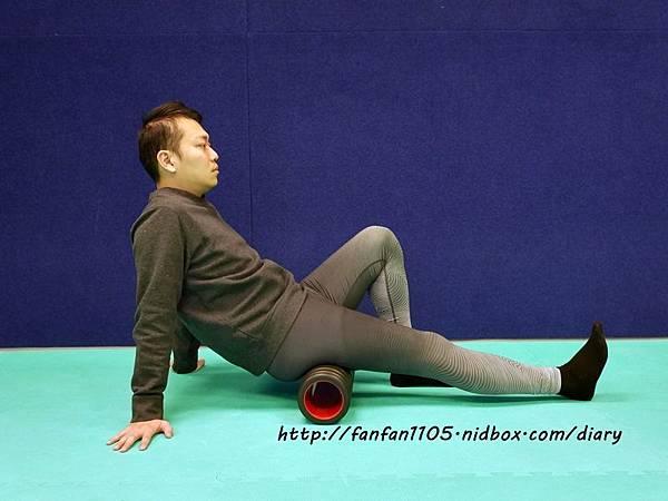 Adidas 按摩泡棉滾筒 舒緩肌肉疲勞 運動前後的好幫手 (6).JPG