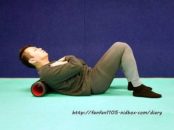 Adidas 按摩泡棉滾筒 舒緩肌肉疲勞 運動前後的好幫手 (7).JPG