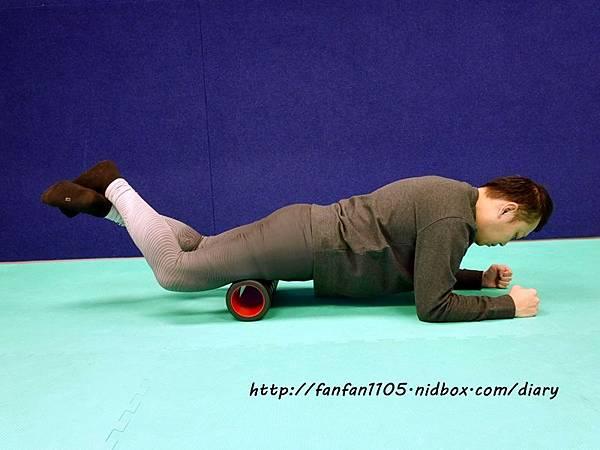 Adidas 按摩泡棉滾筒 舒緩肌肉疲勞 運動前後的好幫手 (12).JPG