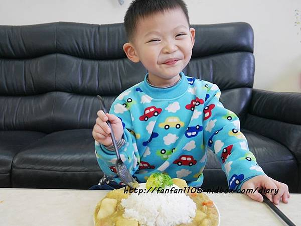 【居家美學】 WAGA 日式陶瓷餐具組 平價高質感的餐桌布置 (13).JPG