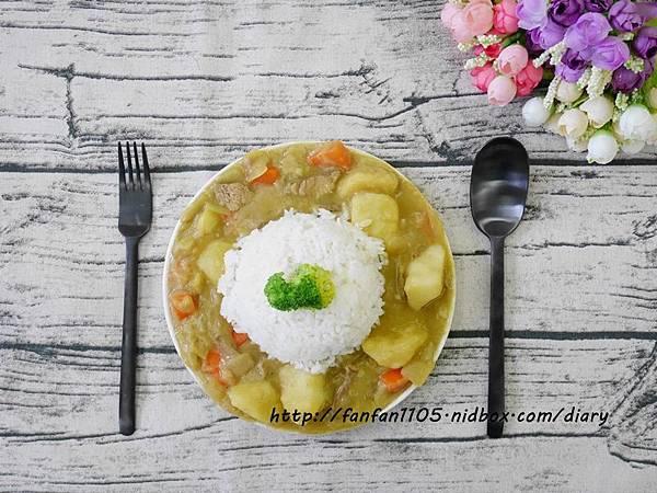 【居家美學】 WAGA 日式陶瓷餐具組 平價高質感的餐桌布置 (11).JPG