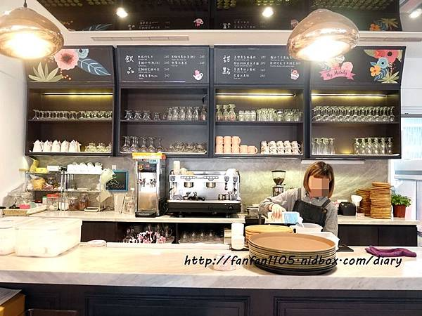 【美樂蒂主題餐廳】Amandier雅蒙蒂法式甜點 美樂蒂花草風期間限定咖啡廳 乾燥花餐廳 IG打卡熱門地點 (9).JPG