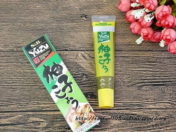 S&B 七味辣椒醬 柚子胡椒醬 讓食物有不一樣的新風味 (4).JPG