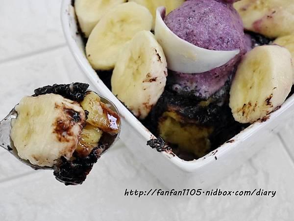 【Frigidaire 富及第】20L 美型微波爐 輕鬆製作情人節甜點 微波爐甜點食譜分享 (17).JPG