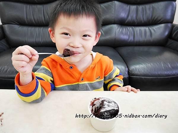 【Frigidaire 富及第】20L 美型微波爐 輕鬆製作情人節甜點 微波爐甜點食譜分享 (24).JPG