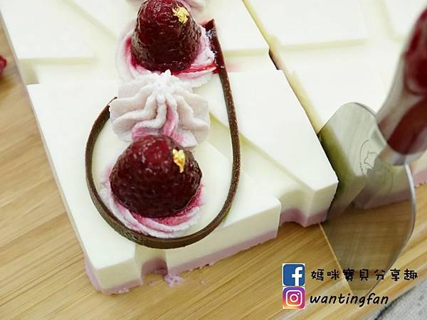 蛋糕界的起士萌主-VJ Cheesecake乳酪創作工坊 天然的乳酪蛋糕 使用天然頂級食材 附有特製不鏽鋼餐具 送給最愛的人一份最貼心的禮物 (12).JPG