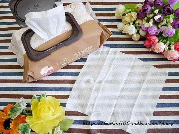 Daily Water 韓國家用溼紙巾 居家清潔的好幫手 輕鬆帶走油污、髒污 (18).JPG
