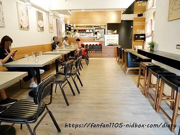 【信義區美食】Kitchen of Love 愛的廚房 #法式薄餅 #溫沙拉 #輕食 #藜麥 #下午茶 #松菸美食 (5).JPG