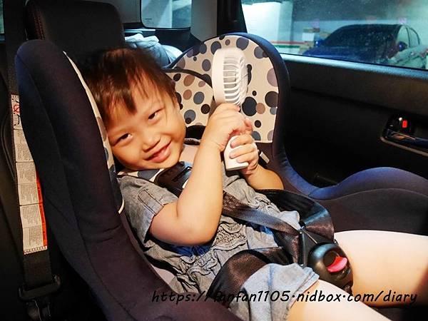【Avantree】三段變速充電式兩用迷你小風扇(FAN01) #USB充電 #Avantree #三段風速 #露營 #野餐 (8).JPG