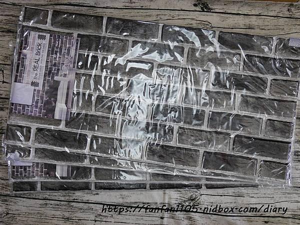 lifesense生活感工廠代理【韓國Ltree】3D防撞隔音磚紋壁貼 #牆貼 #壁貼 #裝飾貼 #磚紋壁貼 #防撞壁貼 (3).JPG