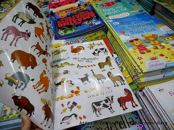 【童書推薦】Big Bad Wolf Books Taiwan-大野狼國際書展 #全館2-4折 #免門票 #24小時 #英文童書 #英文繪本 #英文繪本推薦 #英文繪本有聲書 #兒童外文書 #有聲書  (9).JPG