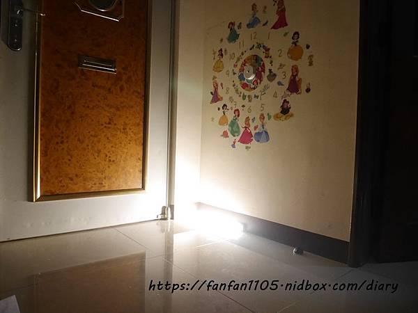 【玩樂盒子】人體光控雙感應燈三合一 #感應燈 #感應燈推薦 #LED燈 #磁吸式 (1).JPG