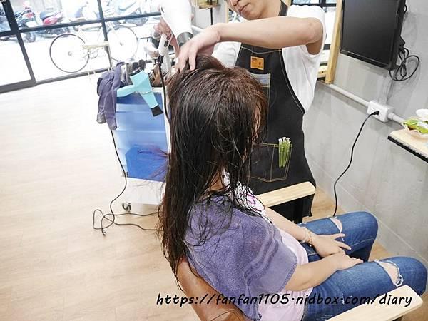 【永和美髮】時光藝廊 time Hair #洗髮 #剪髮 #護髮 #染髮 #永和髮廊 (20).JPG