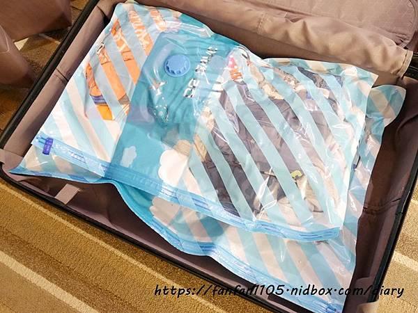 【摩肯】DR.SAVE抽真空機-食物旅行收納組 #迷你電動抽真空機 #電動抽真空機 #一鍵按壓 #保鮮 #防潮 #抗菌 #輕巧便攜 (13).JPG