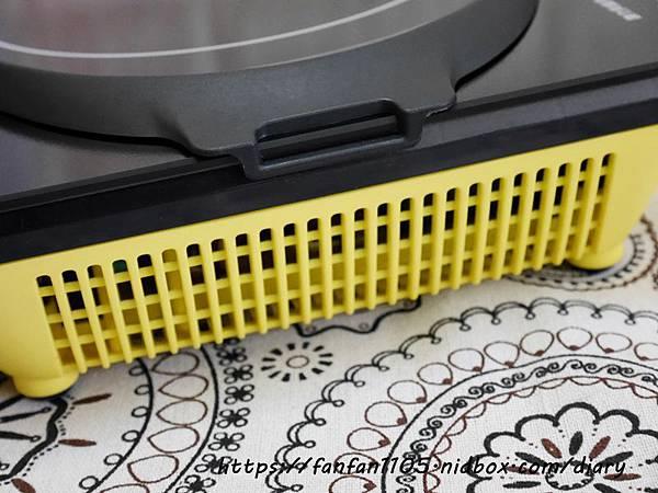 【摩堤MULTEE】A4 PLUS 1200 IH智慧電磁爐 只有A4大小體積輕巧方便攜帶 居家外出的好幫手 #IH電磁爐 #鑄鐵鍋料理 (12).JPG
