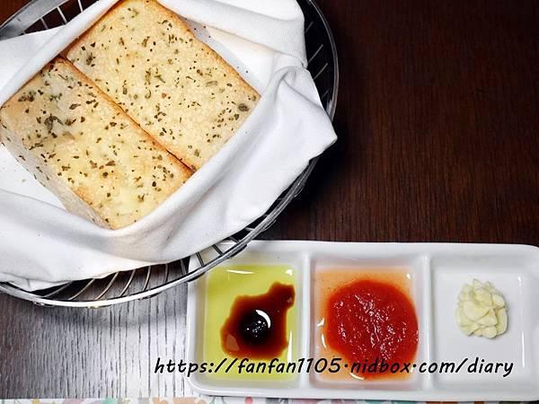 【新北美食】慕拉諾義式餐廳 Murano #高CP值 #約會餐廳 #生態魚缸#新莊美食 #平價義式餐廳 #義式料理 (11).JPG