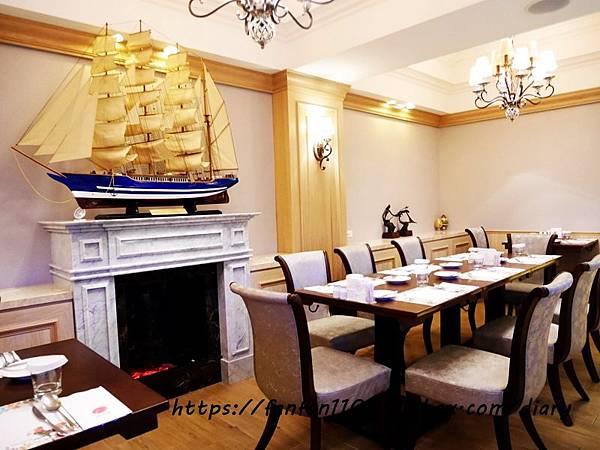 【新北美食】慕拉諾義式餐廳 Murano #高CP值 #約會餐廳 #生態魚缸#新莊美食 #平價義式餐廳 #義式料理 (9).JPG