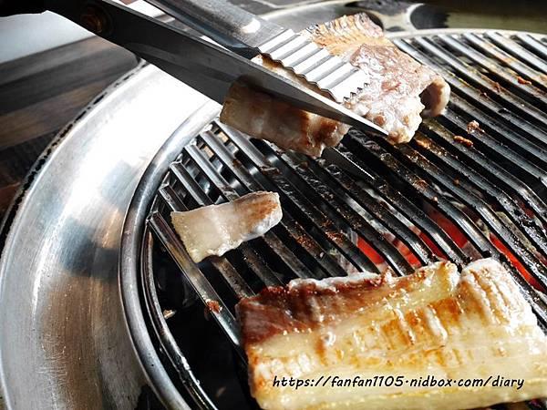 【西門町韓式烤肉吃到飽】肉倉韓式烤肉 #肉倉 #韓式烤肉 #西門町美食 #台北吃到飽餐廳 (14).JPG